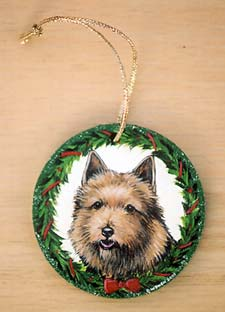 Medium Flat Hardwood Ornament - Norwich Terrier